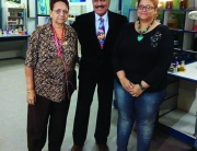 Jenny Singh with daughter Danielle Singh & Shivaji Satam (ACP Pradyumna) of CID fame