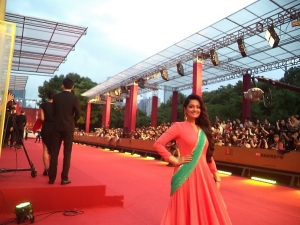 Sheena Chohan - Best Actress Category at Shanghai Film Festival-GOLDEN GOBLET AWARDS