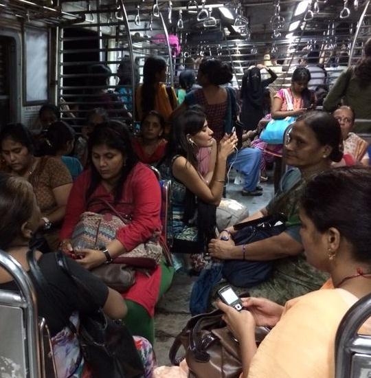 local_train_seat4